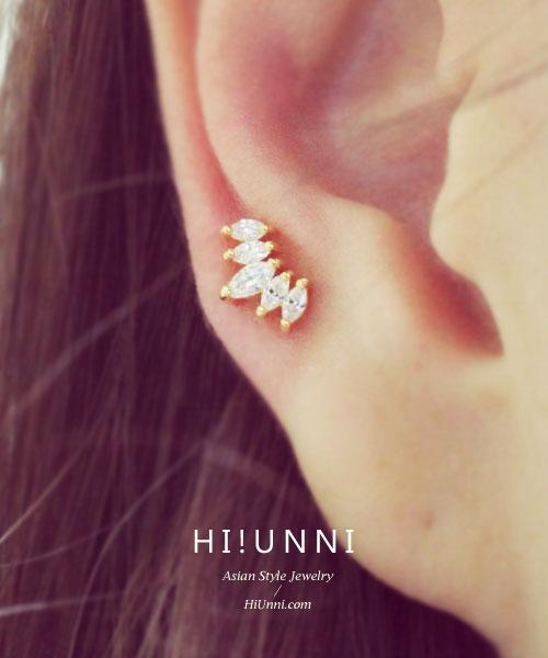 Tiny Crown Ear PiercingTragus EarringCartilage earring  Tragus stud  Tragus Piercing  CZ piercing  Labret bar optional  Body jewelry