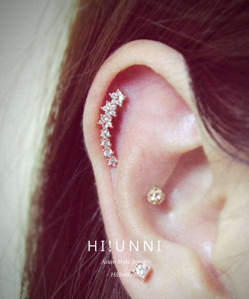 16g Cz Studded Sparkling Flower Line Barbell Ear Piercing Stud