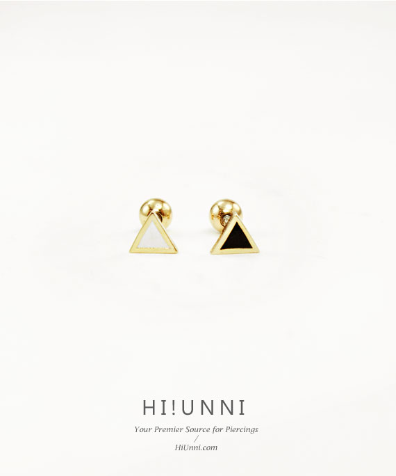 ear_studs_piercing_Cartilage_16g_316l_korean_asian_style_barbell_Triangle_gold_3